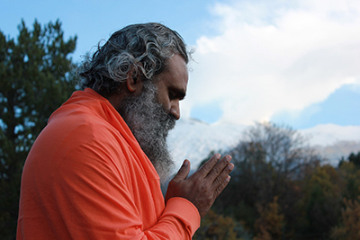 Hindu man praying